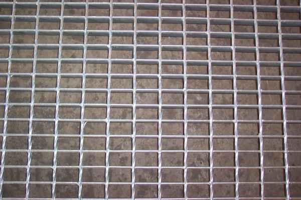 热浸锌钢格板供应商