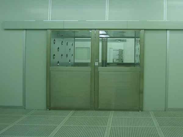 自动门型货淋室