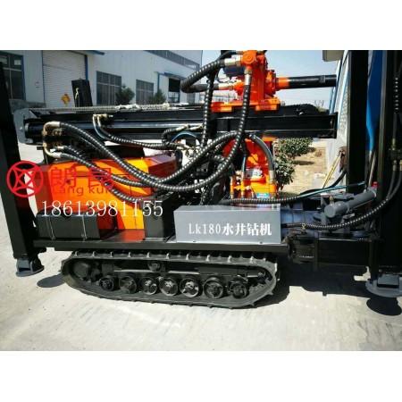 水井钻机钻车