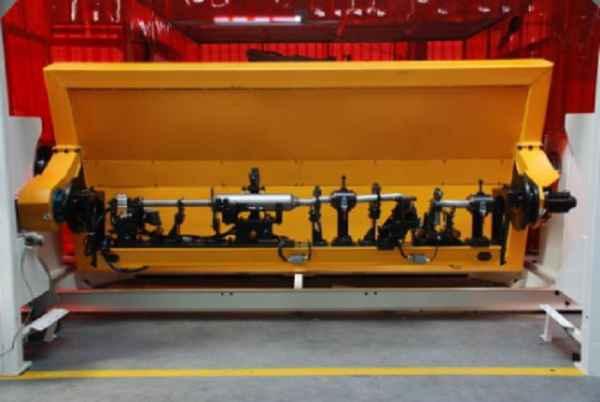 管子校正机器人系统