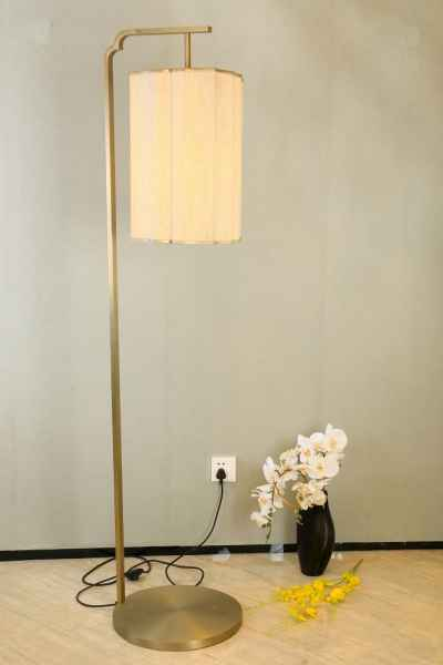 新中式客房落地灯