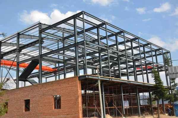 高层钢构建筑物工程