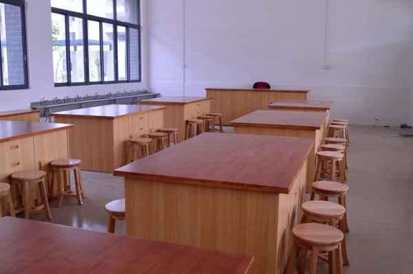 综合实践室劳技室