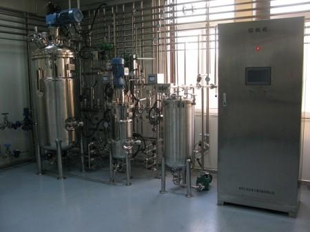 微生物反应器