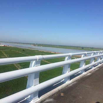 三横桥梁防撞护栏|三横桥梁防撞护栏