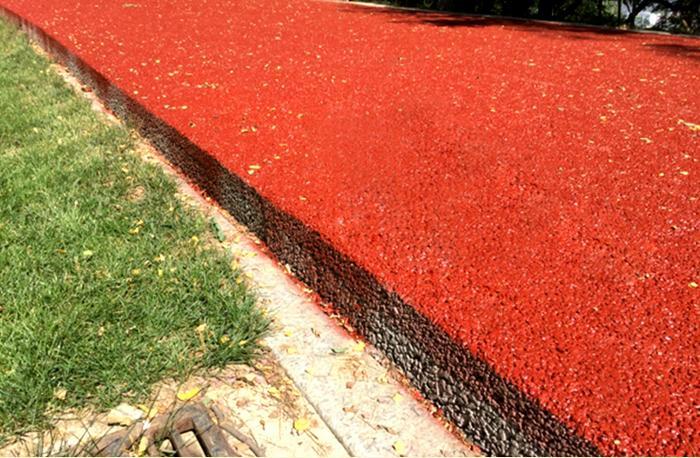 彩色透水地面厂家威海瑞钰景观工程有限公司是一家生态地坪技术 型专业公司,多年来引进了国内外多家高端技术, 公司集科研、生产、销售、工程实施为一体。公司 产品主要有威海彩色透水混凝土地面、威海彩色压 印地面、威海生态彩色透水混凝土地坪和超级植草 地坪等系列产品。产品具有古朴、自然、整体性强、 颜色持久等特点,是现代环艺工程必备之佳品。彩色透水地面厂家