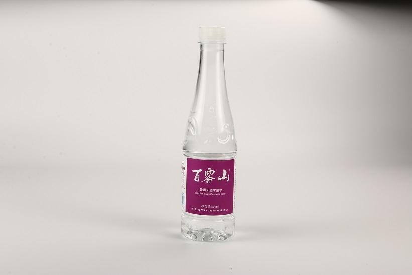 矿泉水瓶子小制作小汽车
