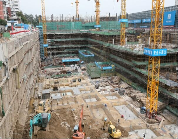 国家工业建构筑物质量安全监督检验中心,依托中冶建筑研究总院,获北京市见证取样和专项检测资质,为北京市安全事故调查技术支撑中心,是经政 府批准的从事建筑工程及产品、材料检测、检查的第三方检测中心。<br /> <br />   中心的基本任务:承担建筑工程、建筑产品及相关工程材料的质量监督检验工作,包括国家监督抽查、认证产品检验以及新产品鉴定和委托检验工作;编制有关工程和建设工业产品的标准规程;研发新的检验技术和方法,研制相关的检测设备和仪器。&amp