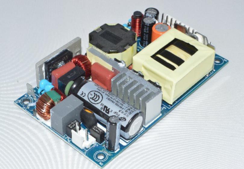 工业电源厂家 FSP工业电源系列涵盖75W-350W于仪器仪表、工业控制、通讯设备等领域都有重要应用。 该系列产品为FSP替客户提供多种规格的高效绿色AC-DC电源,该系列电源具有输入电压范围宽、高效率、高可靠性、低功耗、安全隔离等优点。产品符合UL,EMC,CCC及安全规程,满足国际EN60950-1,IEC60950-1标准。 工业电源厂家