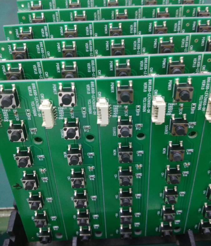 凤岗SMT加工厂   承接电子产品的来料加工业务,SMT贴片加工,如蓝牙音响、蓝牙模组、移动电源、网络机 顶 盒主板、行车记录仪主板、安防监控主板、电视机主板、显示器主板、WIFI产品、车载DVD主板等产品,加工范围包括贴片、插件、后焊、测试、组装、维修。   凤岗SMT加工厂