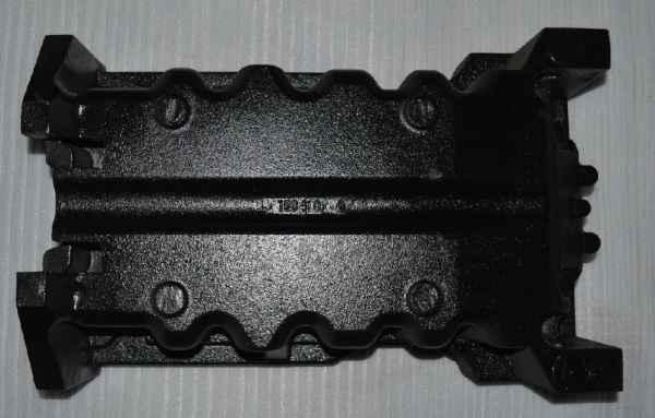 汽车发动机专用油底壳