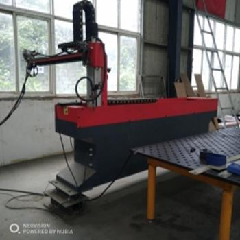 自动化焊接机械臂机器人