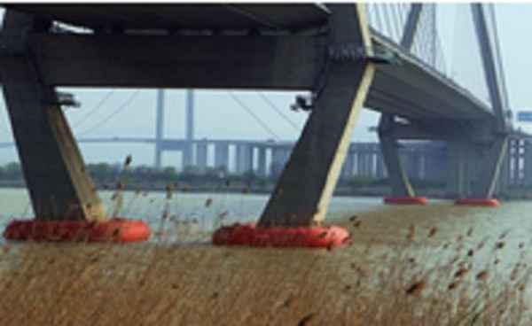 桥梁防撞设施