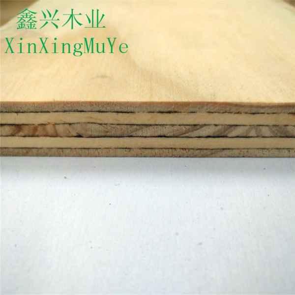 高端多层松木胶合板