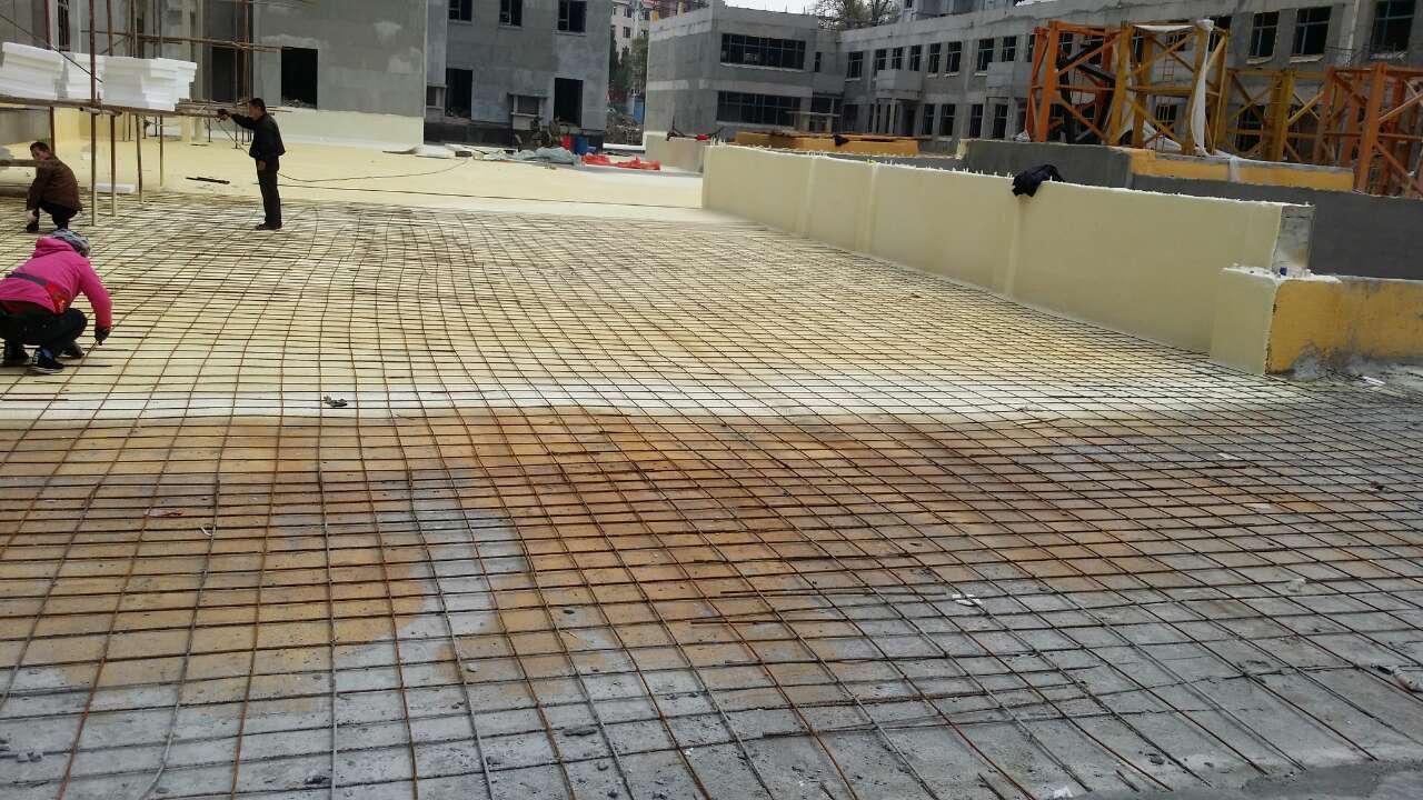 屋面聚氨酯保温施工