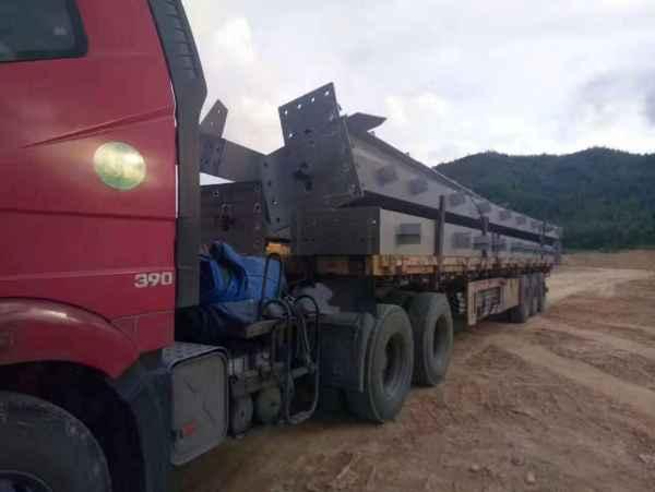 17.5米平板高栏货车出租长短途货运搬家等服务