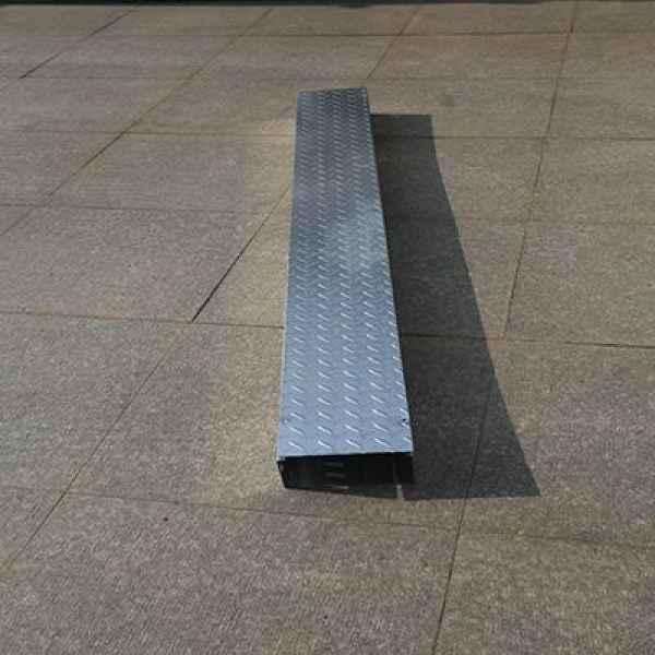 上海不锈钢桥架生产销售