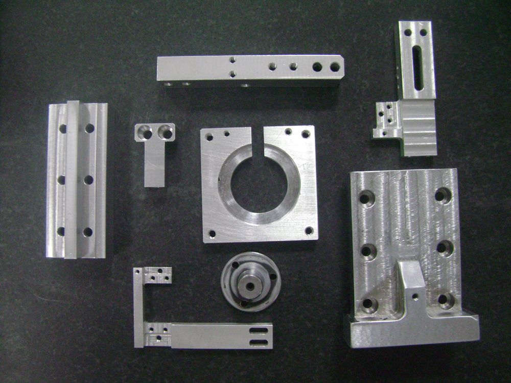 深圳异形金属配件加工|异形金属配件加工厂家