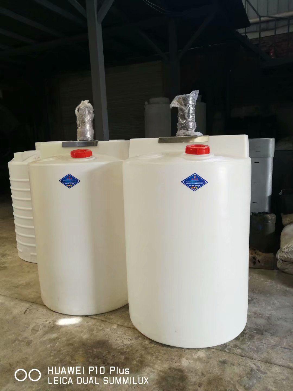 重慶1噸加藥箱攪拌箱供應