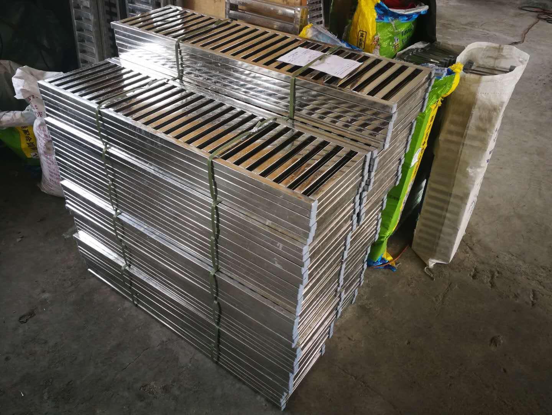 自动焊接不锈钢方管水篦子厂家