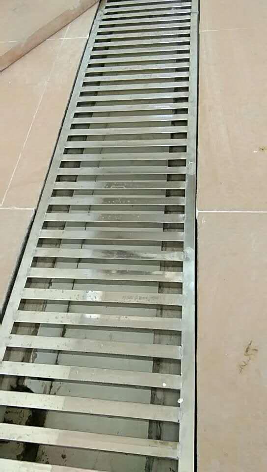 不锈钢方管水篦子