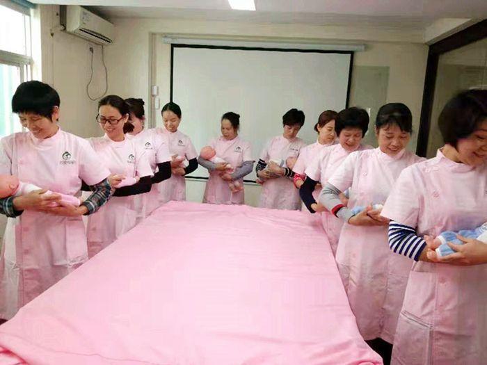 深圳育嬰師培訓學院
