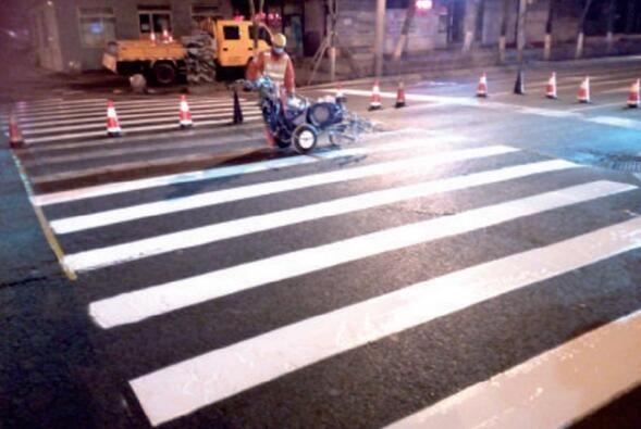 道路溶剂型标线施工方案