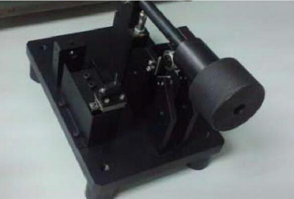 螺紋跳動檢測設備
