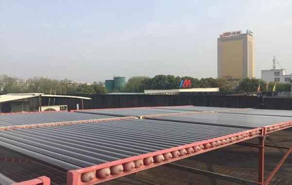 真空管型太阳能热水机组设计
