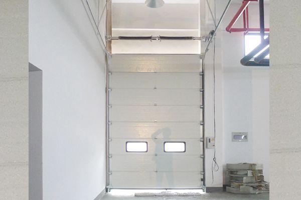 廠房倉庫分節式提升門配置