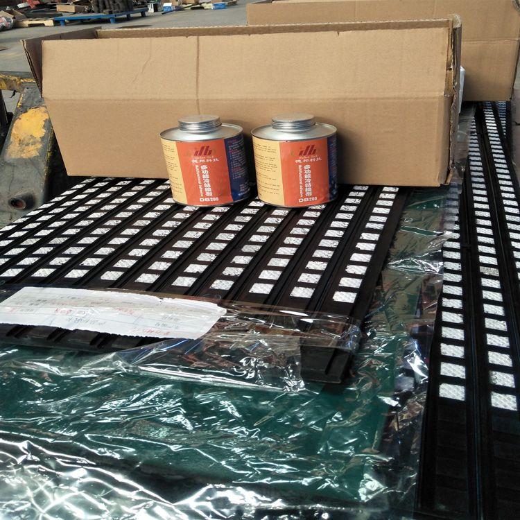 皮带机滚筒陶瓷包胶性能特点