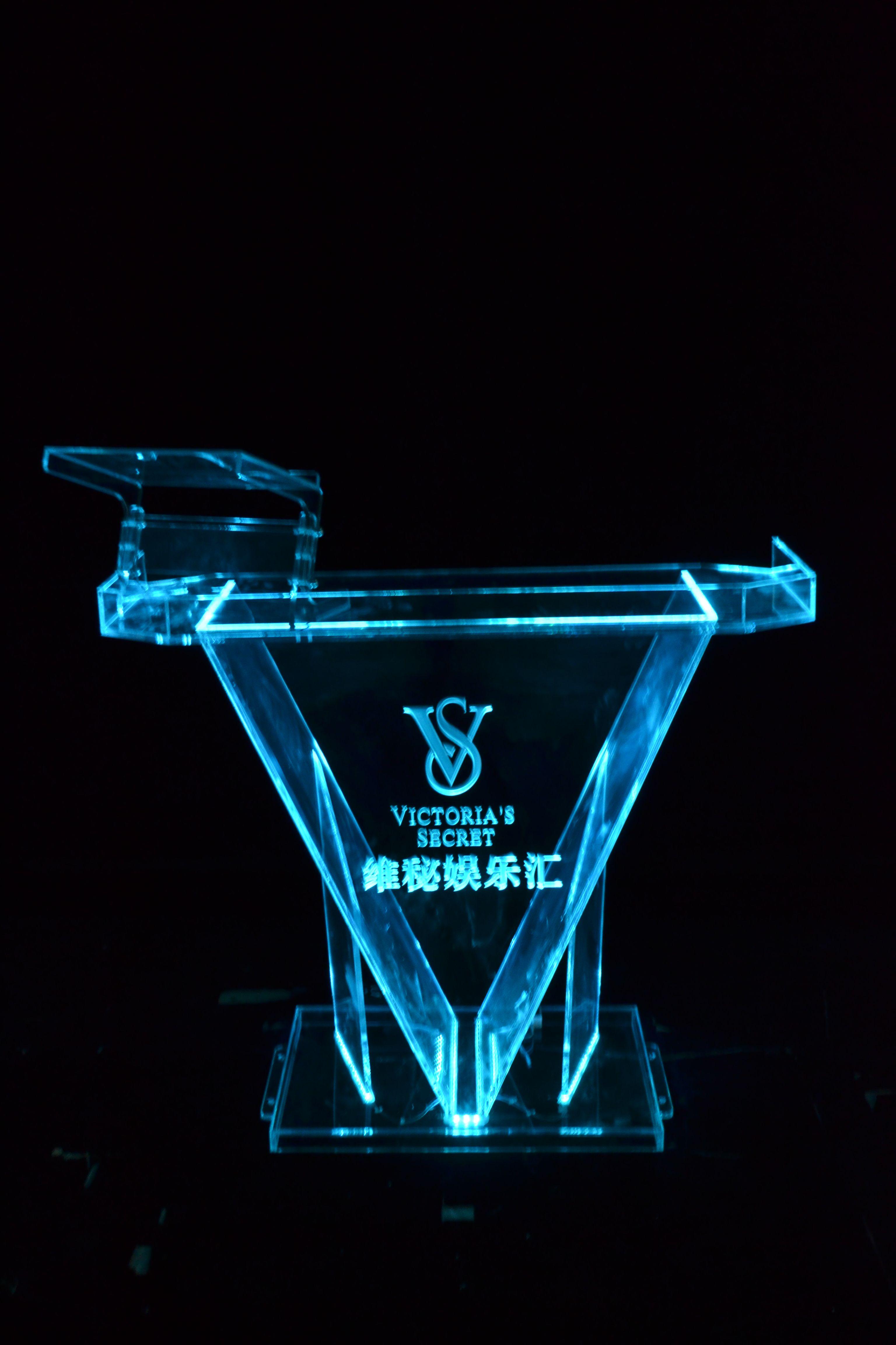 酒吧DJ臺KTV吧臺3D裸眼打碟機桌子LED發光調音臺