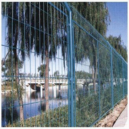鱼塘防护铁丝网-水源井围网-水源地断绝网