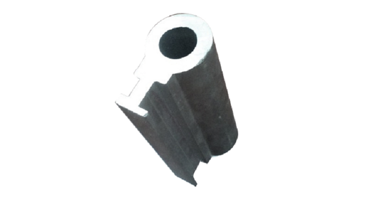 锯切单孔小件铝型材