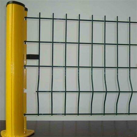 圈地护栏网-围地护栏网- 水源护栏网  