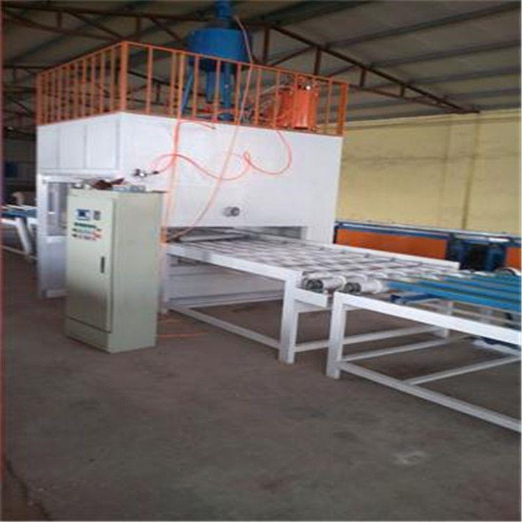 高配置节省人工外墙保温装饰一体板设备厂家请您选择我们