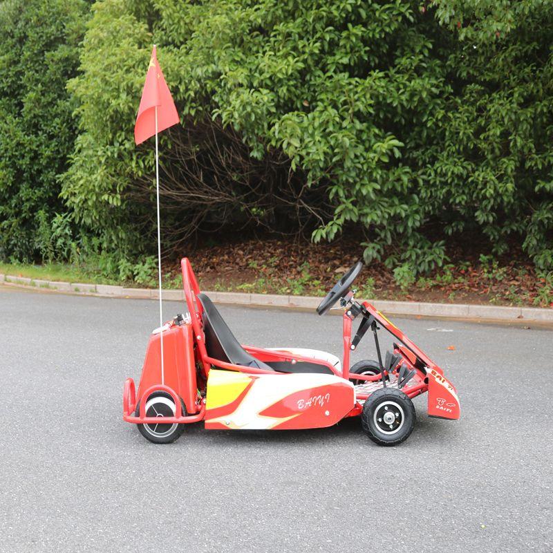 带红旗的卡丁车 儿童游玩卡丁车 户外竞技卡丁车
