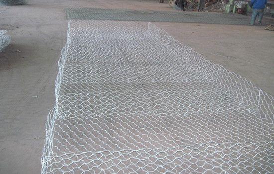 覆塑加筋格宾网 镀锌覆塑绿色格宾网护垫 绿滨垫 固滨笼 生态护岸