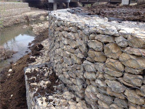 厂家供应格宾网石笼 镀锌六角宾格网 护岸加筋格宾网铅丝石笼网