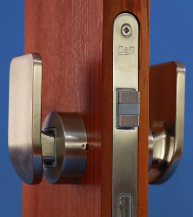 推拉式静音门锁