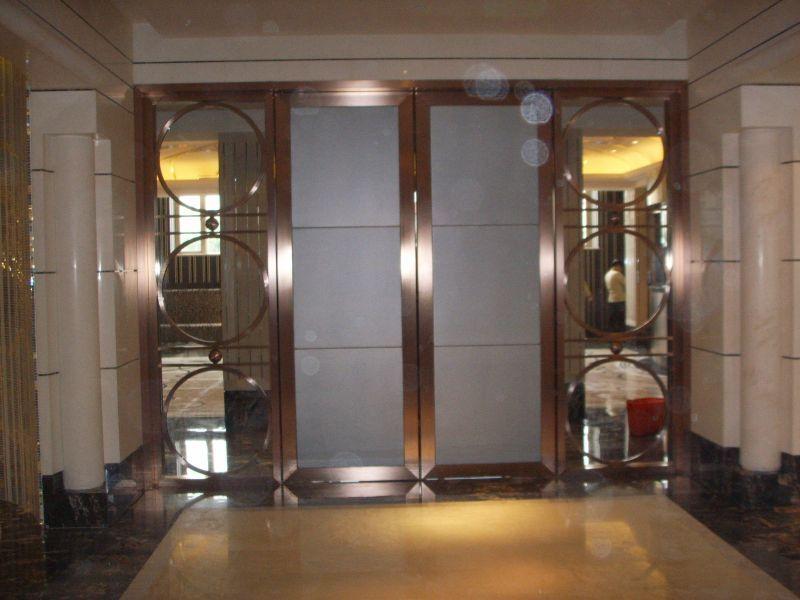 珠寶首飾店裝飾創意大門 創意鉆石造型大門圖片