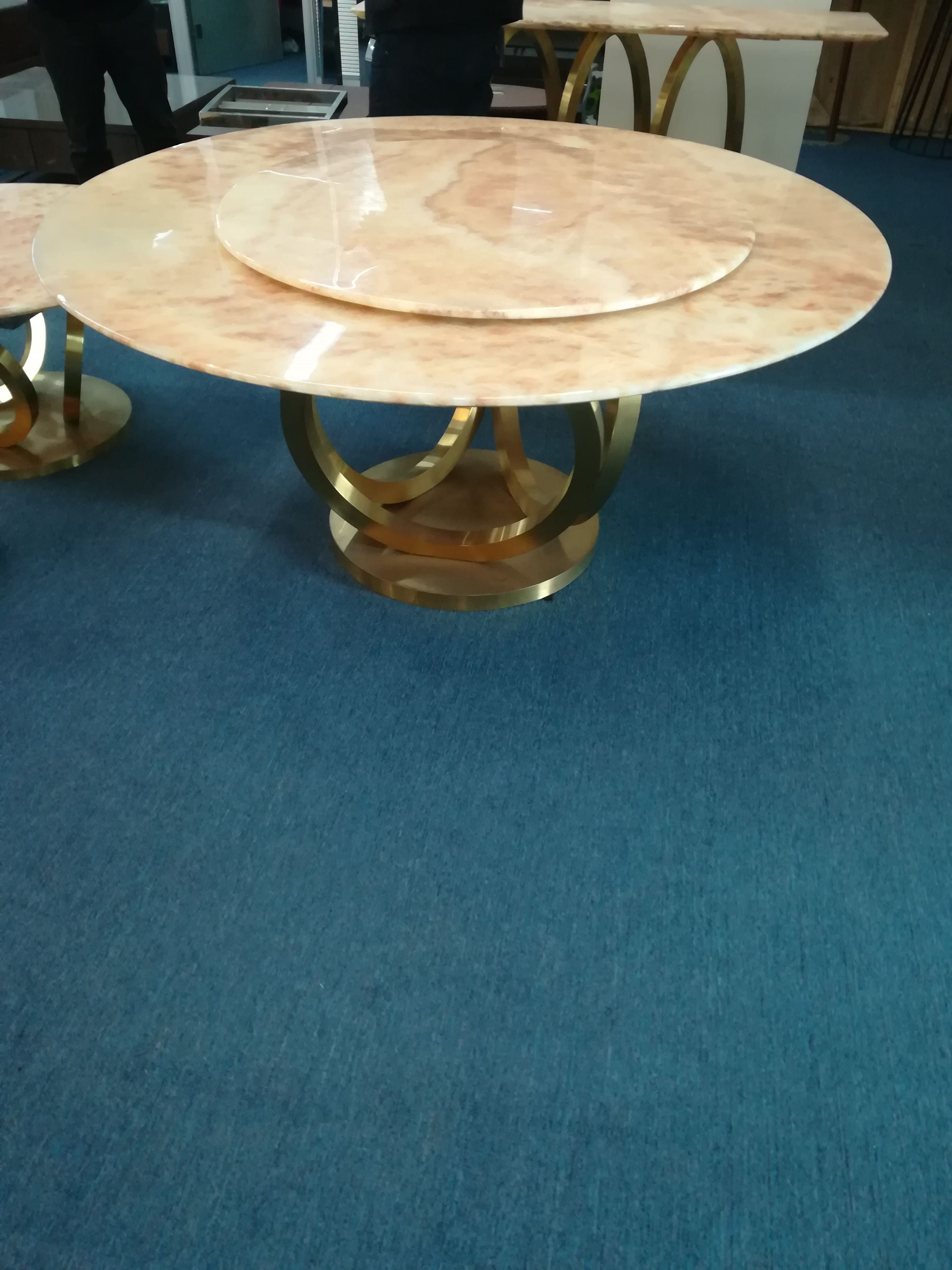 訂做曲面不銹鋼花盆 商場不銹鋼藝術花盆