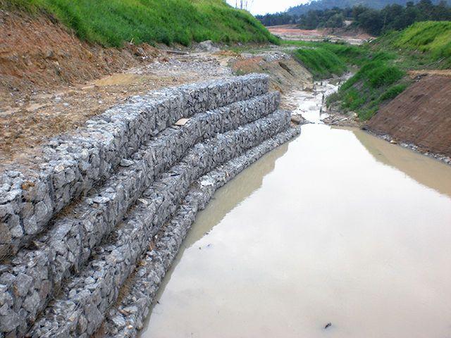 格賓石籠網現貨水利工程鉛絲石籠賓格網 石籠網卷高爾凡格賓網箱