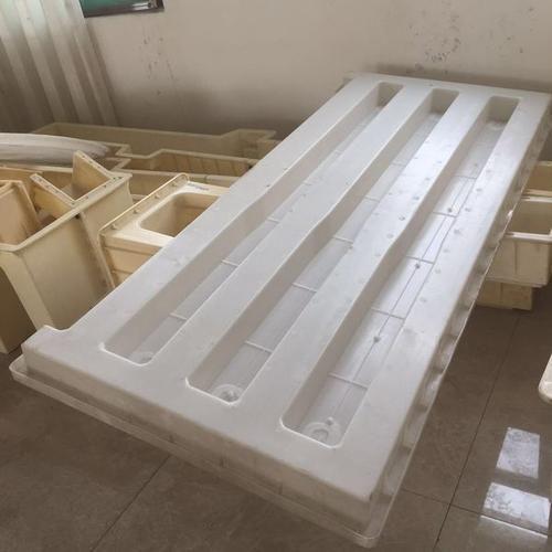 防踏入铁路护栏模具-铁路护栏模具制造精达模具