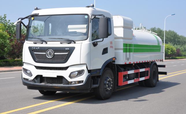 顺世牌国六18吨绿化喷洒车