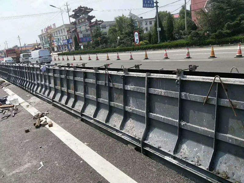 防撞墙钢筋绑扎模具-高速公路防撞墙钢模具