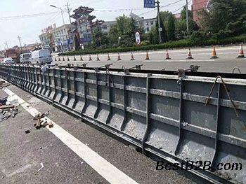 道路防撞墙钢模具厂家批发定制-防撞墙钢模具厂家直销