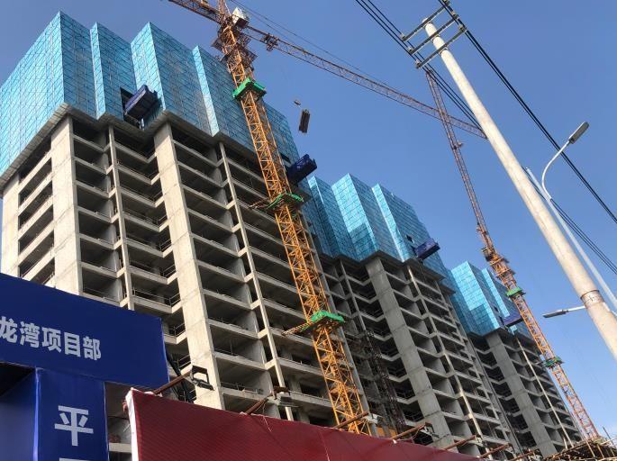湖南创丰全钢爬架厂家,建筑施工防护网