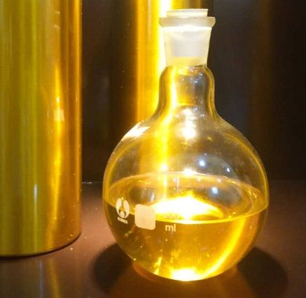 植物原料沉香精油