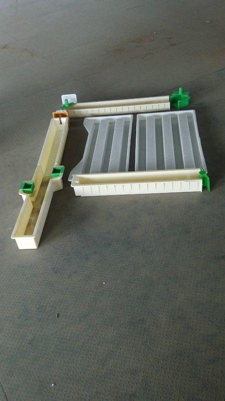 水泥防护栏模具生产要求-高铁防护栏模具厂家
